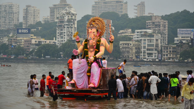 Experience the Mumbai's Never-ending Spirit during Ganesh Chaturthi