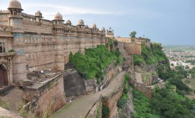 Holidays in Glorious Gwalior & Architecturally Kindling Khajuraho
