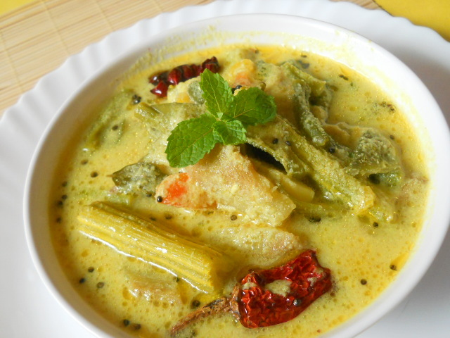 Alappuzha house boat cuisines holidayrentals blog for Avial indian cuisine