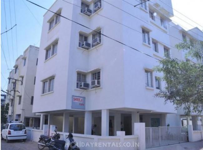 Shreeji service apartments, Vadodara