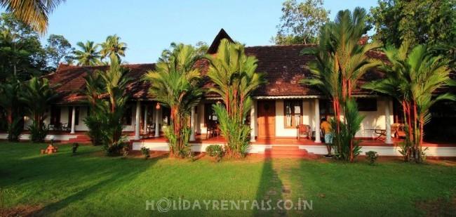 Kovilakam Lakeside Villa, Alleppey