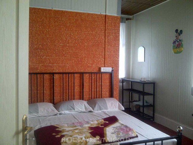 Gokulam Homestay, Munnar