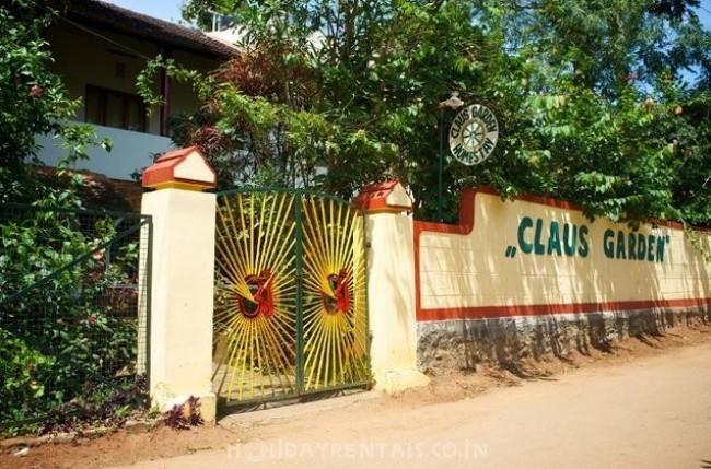 Claus Garden Homestay, Thekkady