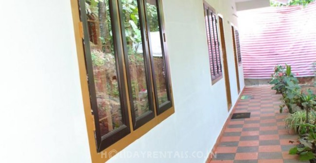 Wind Valley Homestay, Thekkady