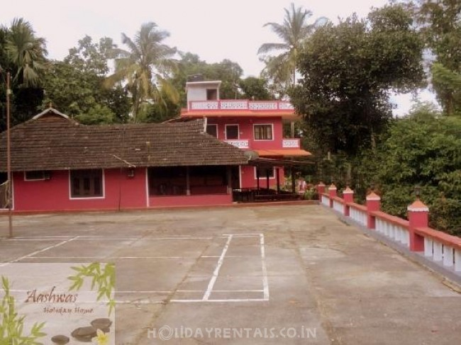 Aashwas Holiday Home, Wayanad