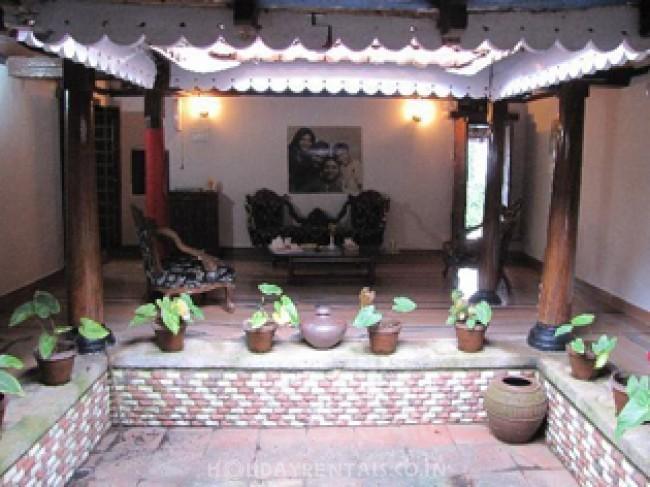 Kandath Tharavad Heritage Home, Palakkad