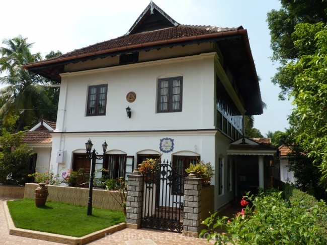 The Bungalow Heritage Homestay, Kochi