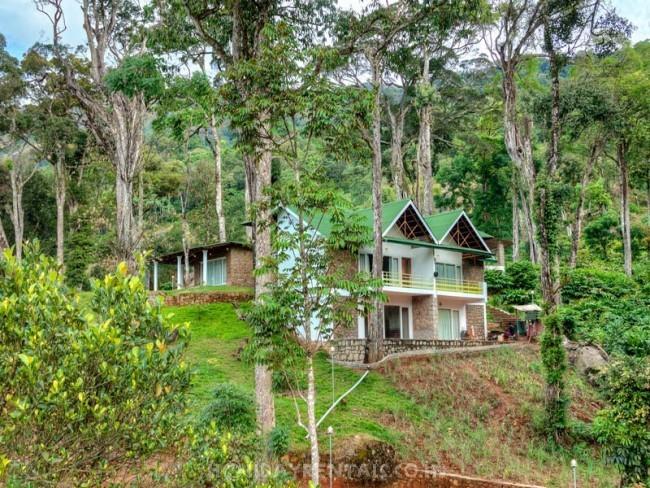 Neelakurunji  Plantation Bungalow, Munnar