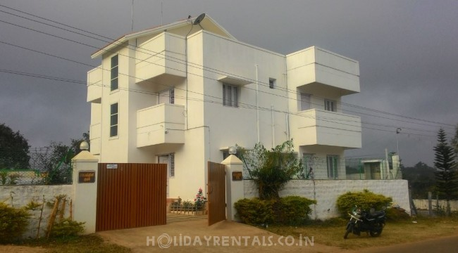 Holiday Stay Near Yelagiri Lake, Yelagiri