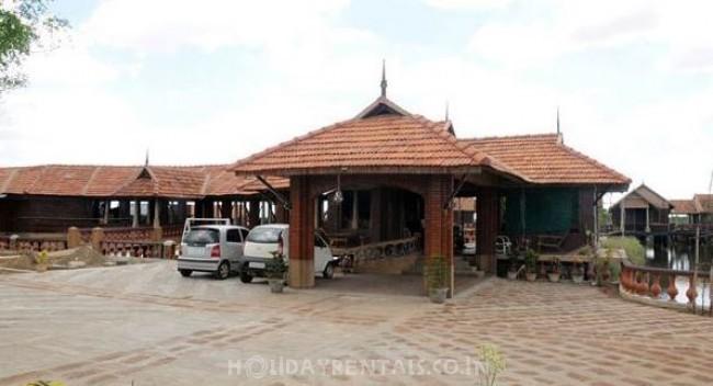 Lakeside Holiday Home, Velankanni