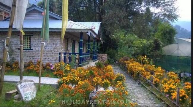 Daragaon Village Retreat Homestay, Pelling