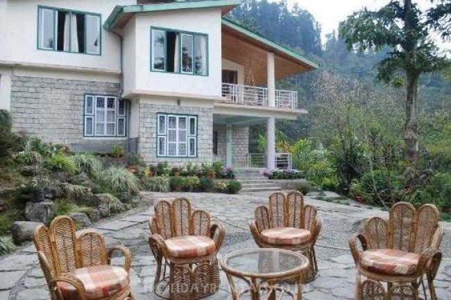 Aashishkhim Guesthouse, Burtuk