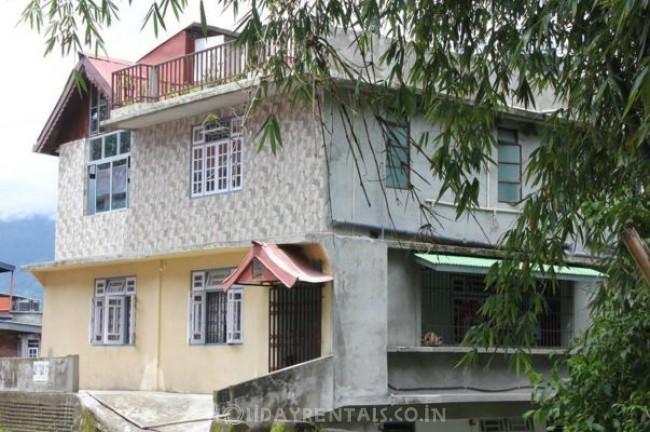 Taras Urban Homestay, Tadong