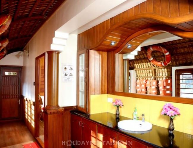 Kuttanadu Cruise, Alleppey