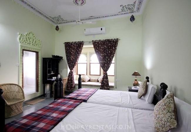 Kurabar Kothi, Udaipur