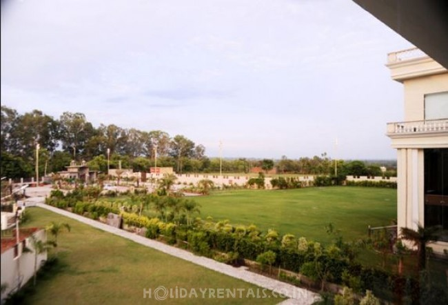 Utsav Resorts, Pathankot