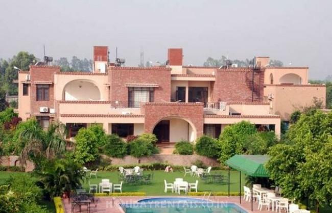 Aura Vaseela Resort, Mohali