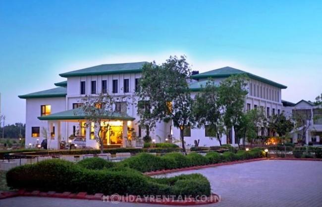 Country Inn Resort, Kosi Kalan