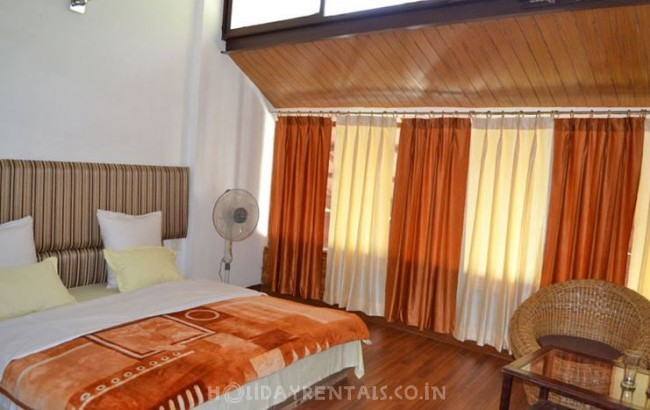 Resort Near Kempty Fall, Mussoorie
