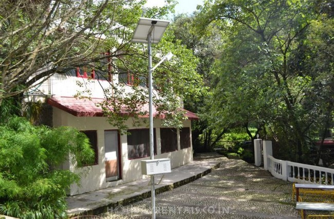 Resort Near Kempty Fall, Mussoorie