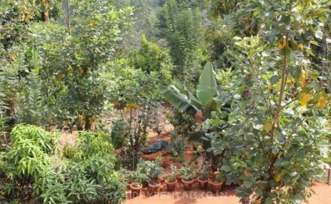 LizMerry Casa Homestay, Munnar