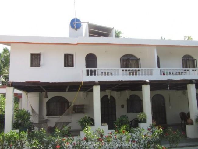 South Goa Secret Beach Apartment, Varca