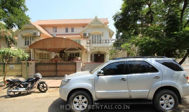 Surdhara Bunglow, Ahmedabad