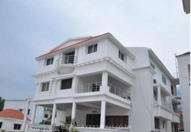 Esakki High View Resorts, Kutralam