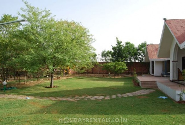 The Woods Villa Resort, Jaipur