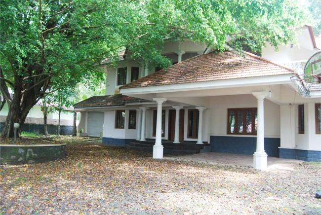 Manappurathu House, Kottayam