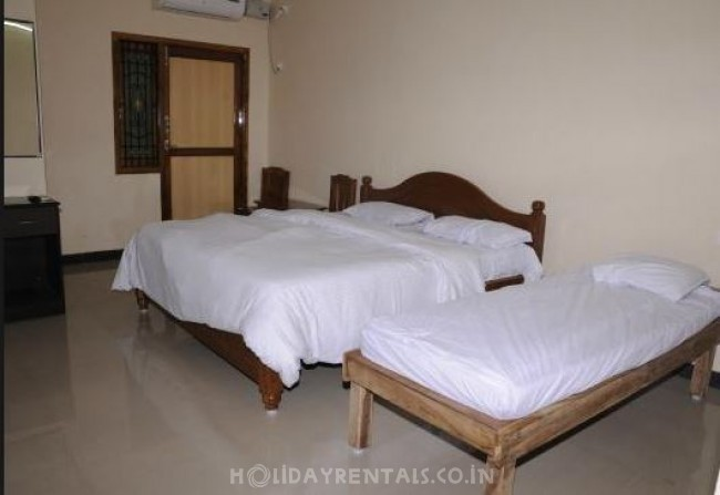 2 Bedroom Holiday Home in Thirukkadaiyur, Thirukkadaiyur