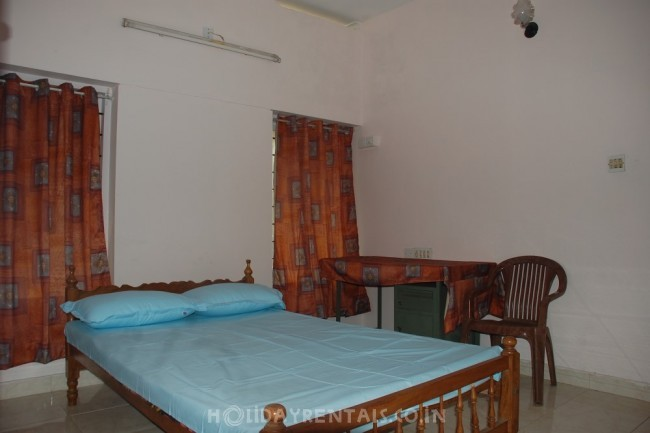 2 Bedroom Holiday home in Kowdiar, Trivandrum