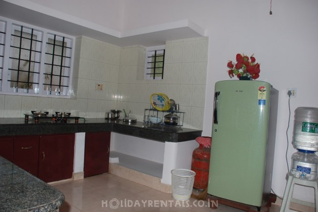 5 Bedroom Holiday home Kowdiar, Trivandrum