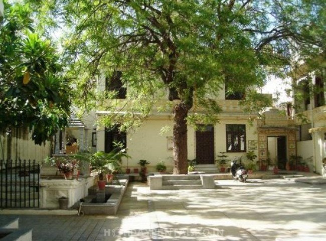 2 Bedroom Heritage Homestay, Udaipur