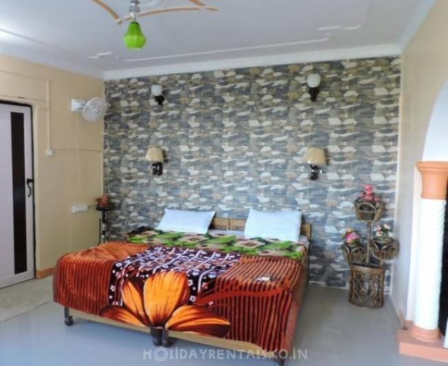 8 Bedroom Holiday Home, Nainital
