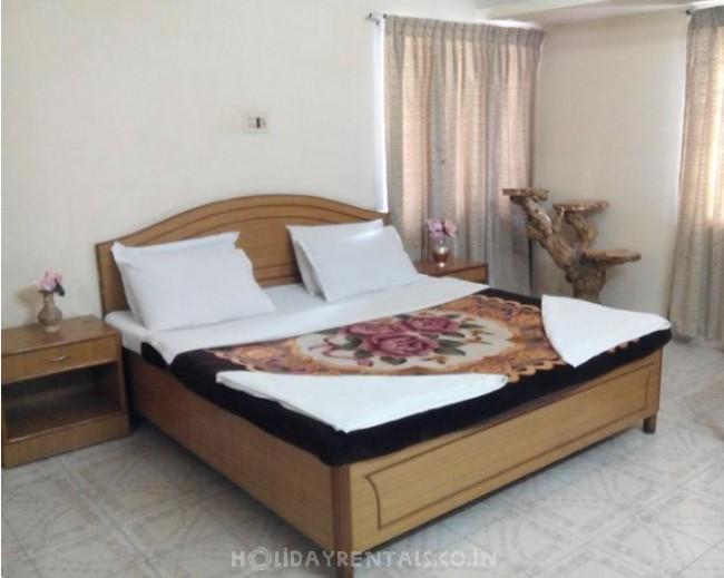 Holiday Resort in Upper Bazaar, Ooty