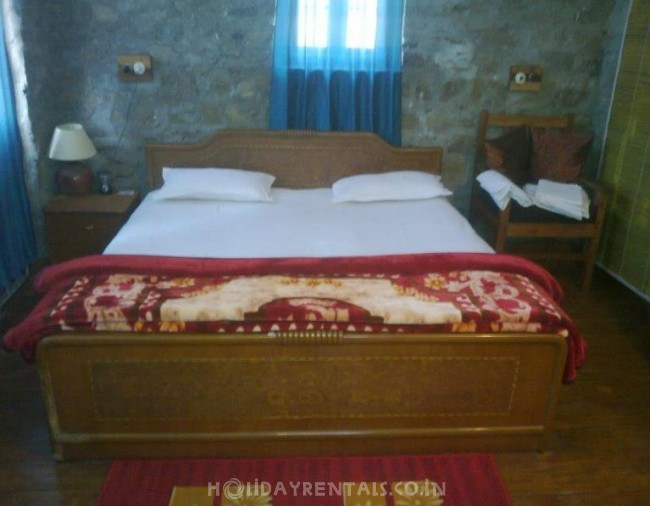 2 Bedroom Cottage, Bhimtal