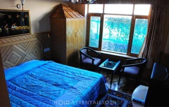 2 Bedroom Cottage, Manali