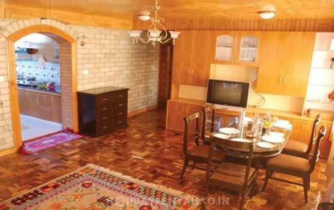 2 Bedroom Cottage, Manali
