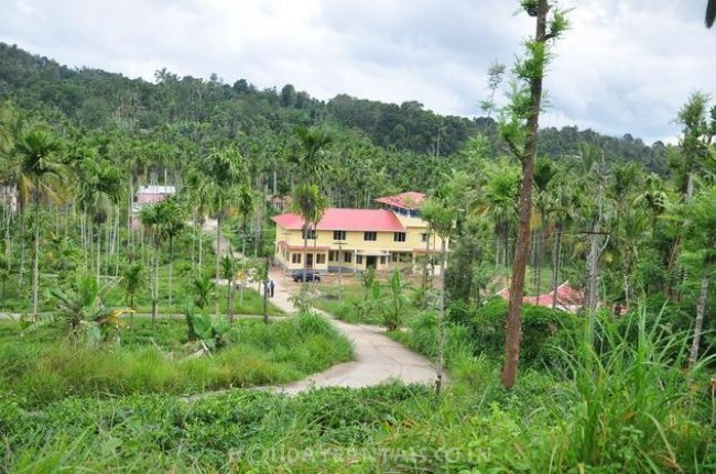 Holiday Resort in Makkomoola, Gudalur