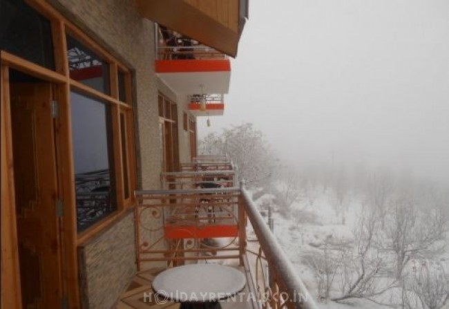 Snow View Cottages, Manali