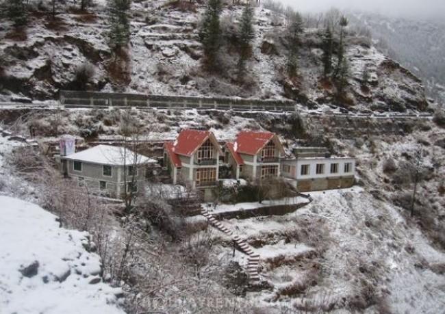 Cottages in Village Matiana, Narkanda