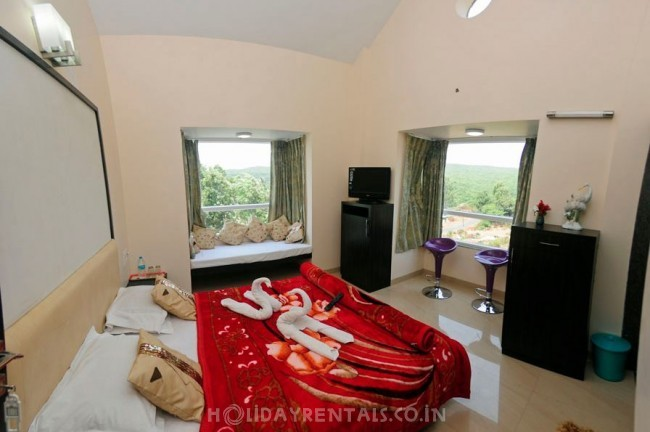6 Bedroom Bungalow, Mahabaleshwar