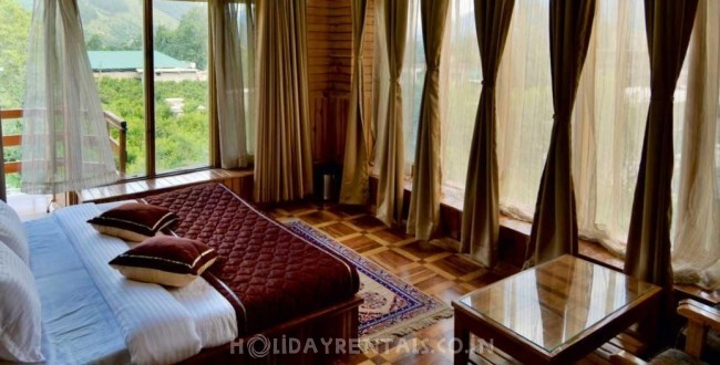 4 Bedroom Chalet, Kullu Manali