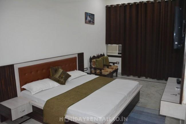7 Bedroom Homestay, Agra