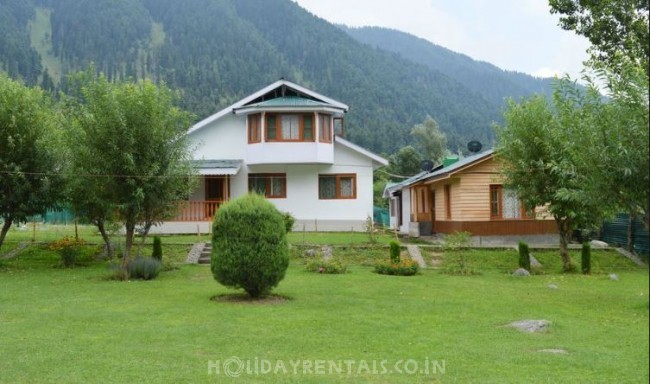 River Lidder Resort, Pahalgam