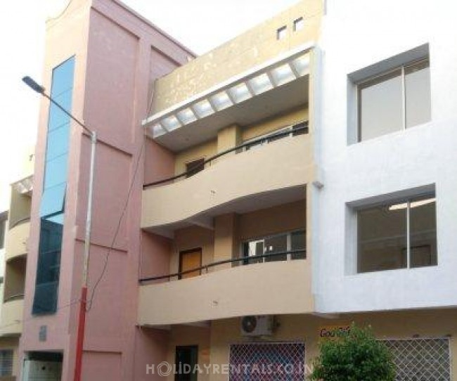 2 Bedroom Homestay, Indore