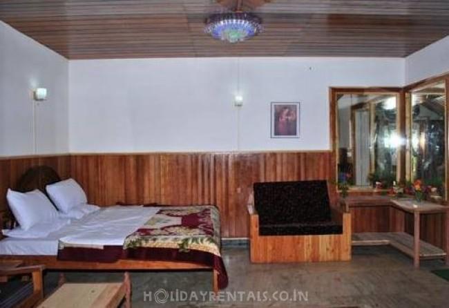 Colonial British Style Resort, Kodaikanal