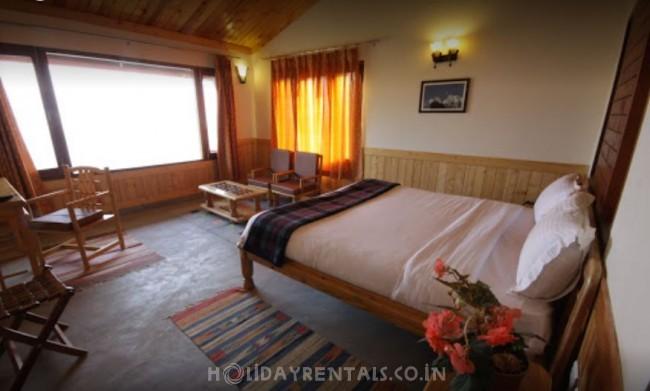 Baijnath Valley View Resort, Kausani
