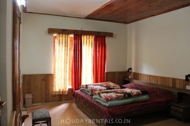 Sunshine Orchard Cottages, Manali